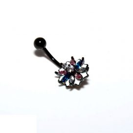 Black flower Bauchnabelpiercing